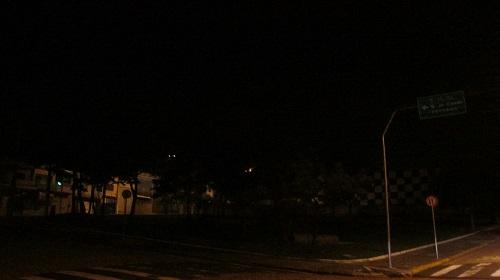 Vereador cobra manutenção de iluminação pública no Jardim Marília